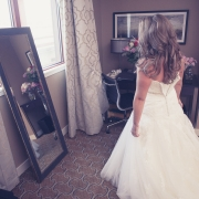 JM-Wedding-GettingReady-1062